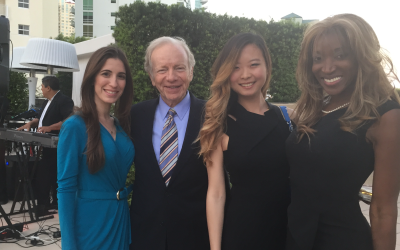 Maithe Gonzalez With Senator Lieberman At The Four Seasons In Brickell